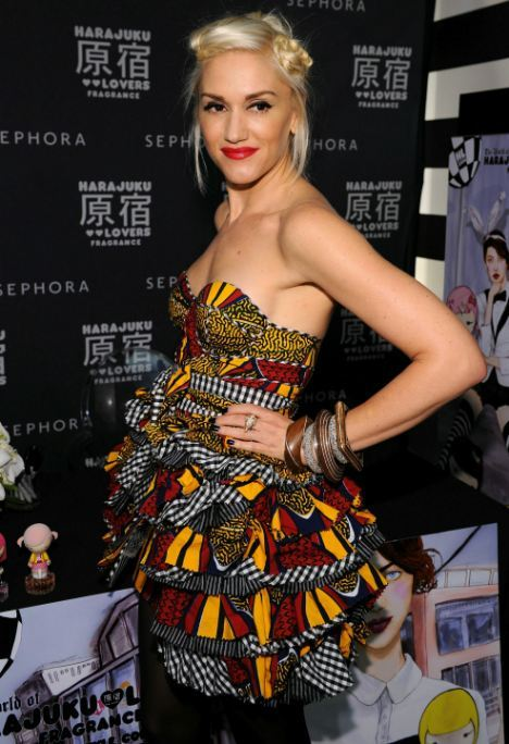 Gwen Stefani in an adorable African print dress.