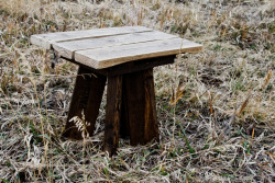 Stool.Reclaimed pallet wood. $20