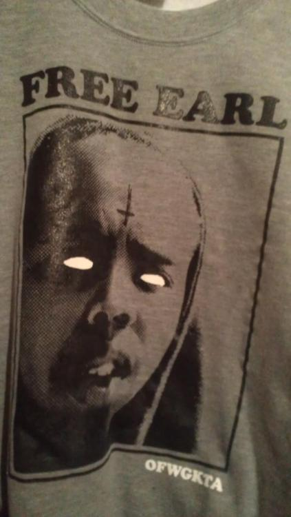 Size XL Earl Sweatshirt Crewneck on ebay right now. Go bid and win it! GOLF WANG!Reblog, please and thank you.http://www.ebay.com/itm/170756585525?ssPageName=STRK:MESELX:IT&_trksid=p3984.m1555.l2649#ht_500wt_1287