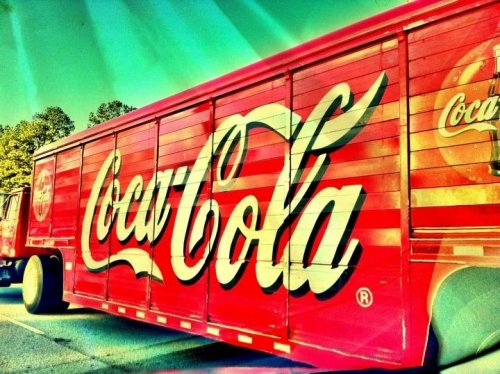 Have a Coke and a Smile ! #driveby #iPhoneography #Random #photography #buwahah (uploaded with Streamzoo.com)