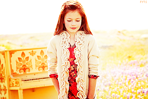 "Mackenzie Foy | ""Renesmee Cullen"" 