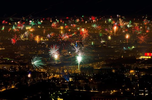 somewhereintheworldtoday:  Wishing everyone a very Happy New Year for 2012!