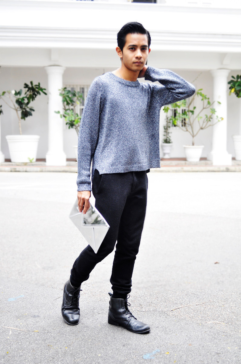 Mr Nabil Aliffi - Ann Siang Hill, SingaporeGLITTERATI Sweater // Mirror Clutch