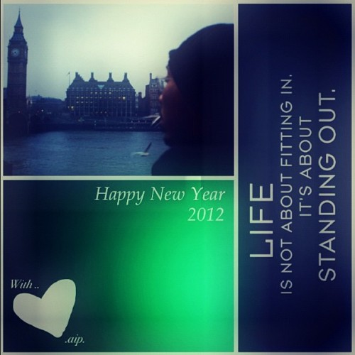 Have a great NEW YEAR 2012!! #instagram #instagood #instafreak #newyear2012 #me #selfpic #selfpotrait #words  (Taken with instagram)