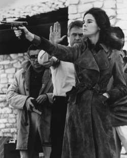 oldhollywood:  Ali MacGraw & Steve McQueen on the set of The Getaway (1972, dir. Sam Peckinpah) (via)