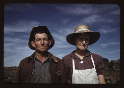 Jim Norris and wife, homesteaders, Pie Town, New Mexico (LOC) by The Library of Congress on Flickr.
