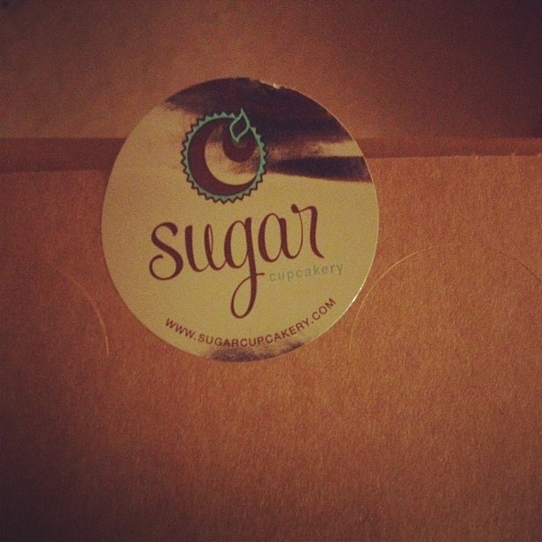 Sugar Cupcakery - These are some good #organic and #vegan #cupcakes ( #sugar #milford #ohio #food #bakery #sweets #dessert #iPhone4s ) (Taken with instagram)