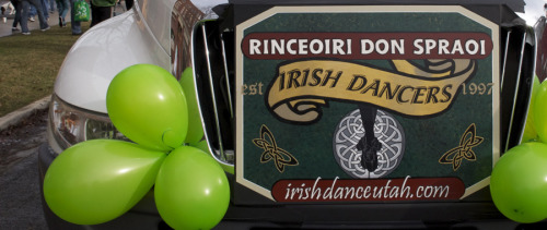 Sign created for Rinceoiri Don Spraoi Irish Dancers by Kim Carruth.