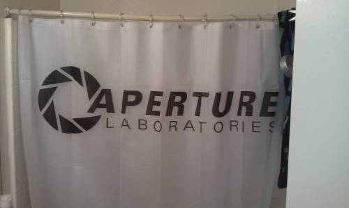 epic4chan:  gaming lulz:  Aperture Laboratories  画
