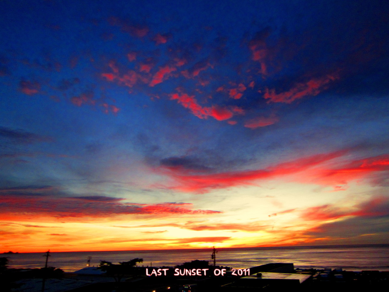 The last sunset of 2011.  For a retrospective of my best sunsets of 2011, click here: http://youtu.be/hc87_VF8JpY?hd=1