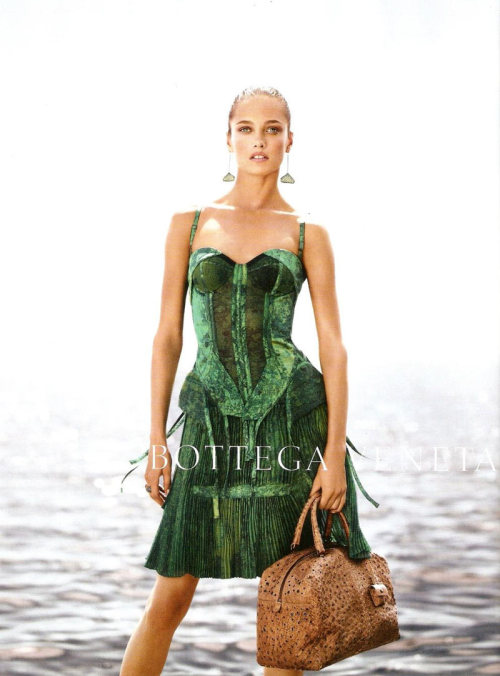 Karmen Pedaru poses in the amazing green dress on the ocean backdrop for the Bottega Veneta Spring 2012 campaign lensed by Jack Pierson. It's just preview but we want to see more right now!  Original Article