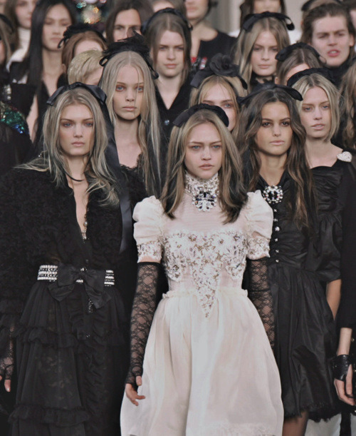 somethingvain:  Chanel Haute Couture F/W 2008, Sasha Pivovarova