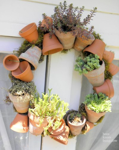 gardengrab:  Flower pot wreath