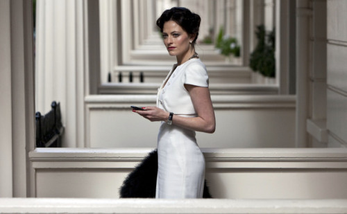 Okay, so let's discuss my absolute love for Irene Adler and the ten years I spent obsessing over Sherlock Holmes. And then this happened. I may be in love.  I don't want this series to ever end (though, let's be fair, it probably will in a few weeks. Or maybe one more season. But still.) That was amazeballs.