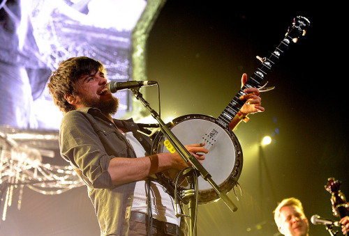 Winston Marshall of Mumford & Sons performs at KROQ's Almost Acoustic Christmas on December 11, 2011. Photo © AP Photo/Katy Winn.