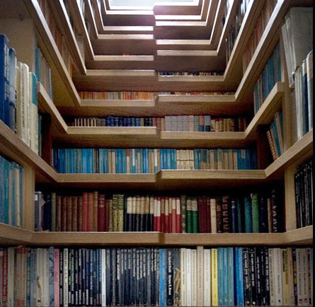 kkarleyy:  staircase/bookshelf SO sweet!!!!