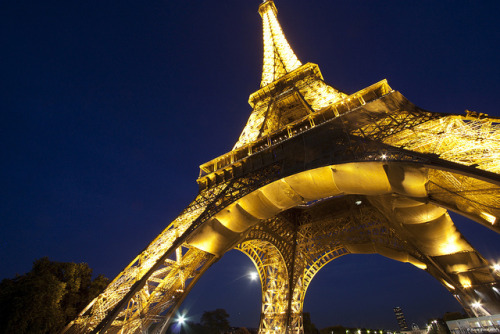 Eiffel by Kareem Gamal on Flickr.