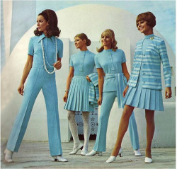 old-ads-and-mags:  Mod fashion