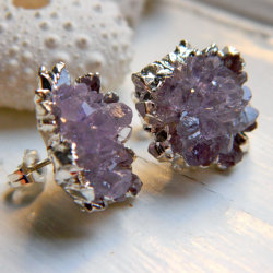 (via AMAZING High Quality Amethyst Rose Drusy / by NYCJewelrydesign)