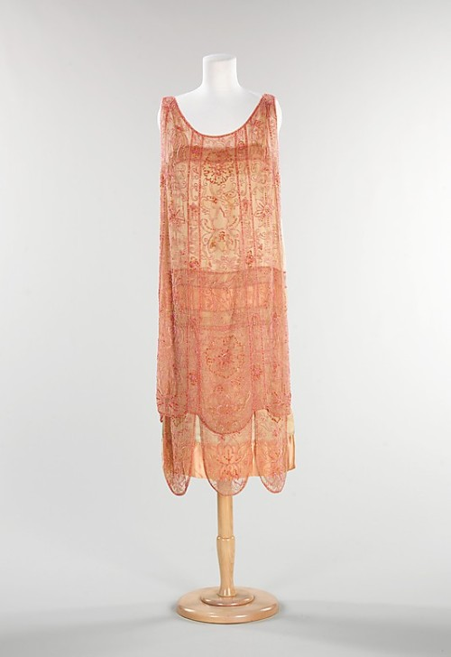 Evening dress, ca 1926 France, the Met Museum