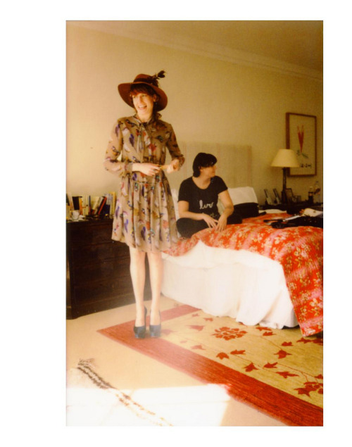 florence on a polaroid, can this get any better.