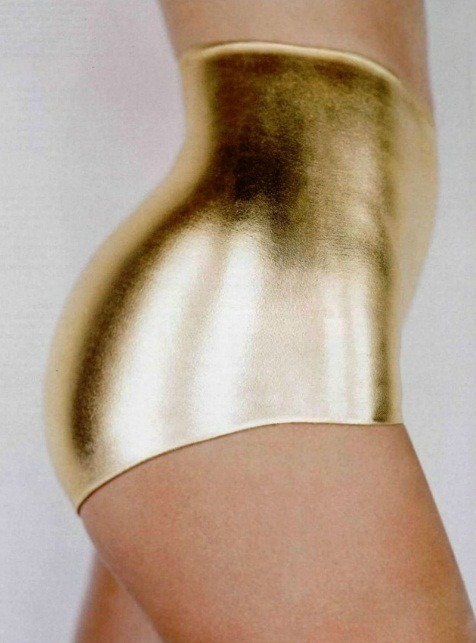 sisterwolf:  Oh fine, I give in to these fucking gold underpants.