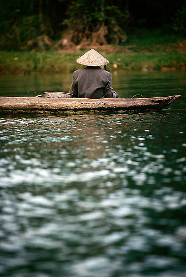 "thelittlesea:  ""Ca Mau boatman"" by Anthony Begovic 