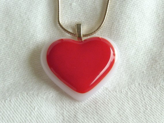 Red and White Heart Pendant by bprdesigns