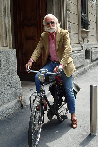 FFFFOUND! / EVERYONE - The Sartorialist: On the Street….Out of Nowhere, Milano