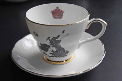 Ali Miller United Kingdom teacup setAs seen in 221b in Series 2 United Kingdom design, with crown and ship details.Also seen with its matching teapot.  £27.50 each / $42 Available to order here at alimiller.co.uk