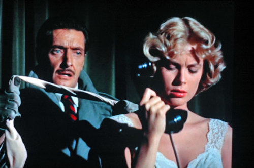 Dial M for Murder (1954) Director : Alfred Hitchcock Starring : Grace Kelly, Tom Wendice My Rating : ******* 7 / 7
