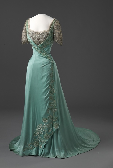 oldrags:  Evening dress, ca 1909 France, Nasjonalmuseet