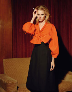 vogueweekend:    Lara Stone by Aladair McLellan for Self Service Magazine Spring 2011