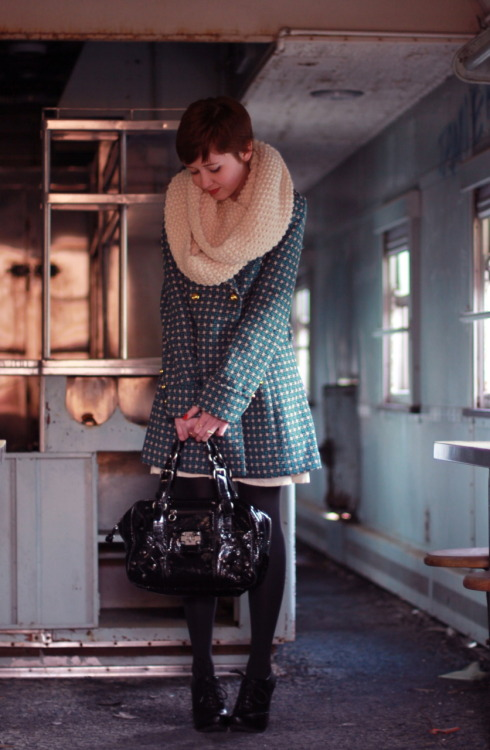 theclotheshorse:  ootd, just hanging out in abandoned trains again  I want her coat!!