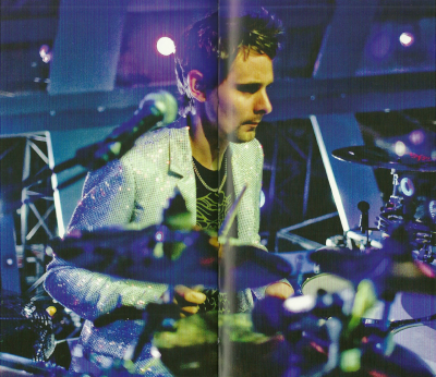 musermatt:  My favorite picture from the Muse Photography Book. Shame they decided to put it in the middle of the page break.