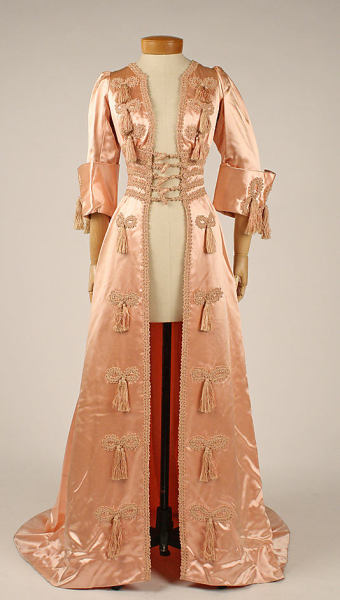 omgthatdress:  Negligée 1908 The Metropolitan Museum of Art