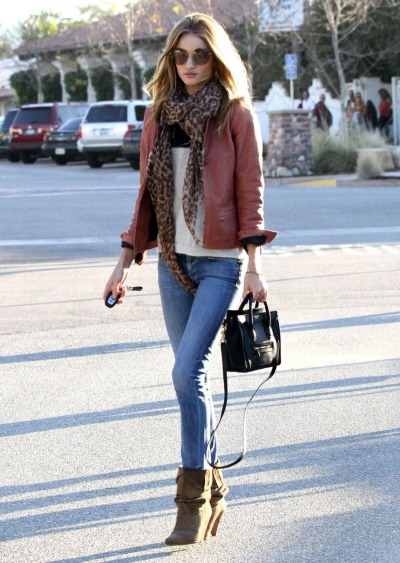 what-do-i-wear:  Rosie Huntington-Whiteley out & about in LA