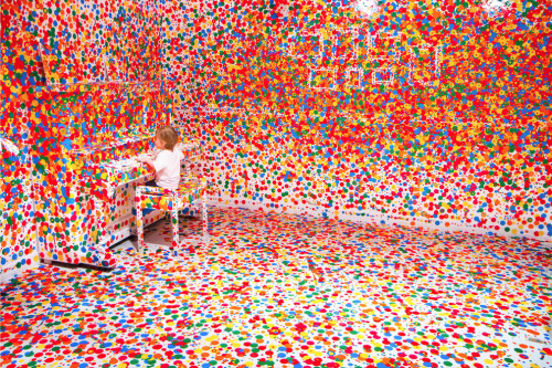 Yayoi Kusama's 'The obliteration room' Image by    Stuart Addelsee via http://www.thisiscolossal.com/2012/01/yayoi-kusama-obiliteration-room/?utm_source=feedburner&utm_medium=feed&utm_campaign=Feed%3A+colossal+%28Colossal%29