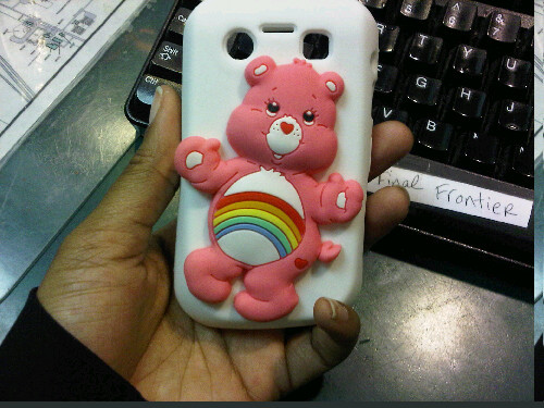 lacriessia-michelle:  Best phone case ever :D