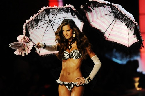 likeavsangel:  Izabel Goulart, I Put a Spell on You 2011