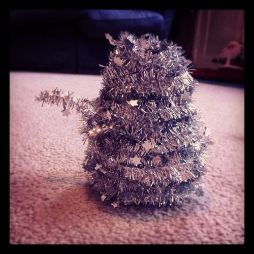 Accidental Tinsel Dalek pontimus:  Taking down the Christmas tree, I wrapped up the tinsel and accidentally made it look like a Dalek…  (Taken with instagram)