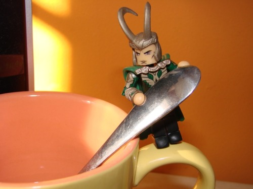 agentmlovestacos:  Loki and the morning coffee. Zach Oat from Diamond Select Toys sent me a bunch of rad photos of Loki Minimates and Marvel Select figures. I'm gonna post 'em all this week.