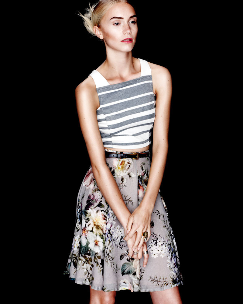 Shakuhachi striped crop top, Karen Walker floral skirt, belt and rings, Pushmataaha ring (image- fashiongonerouge)
