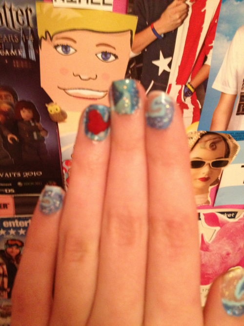 Little mermaid nails :)