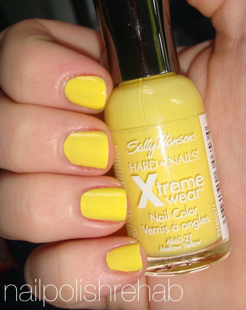 Day Three: Yellow NailsSally Hansen - Mellow Yellow
