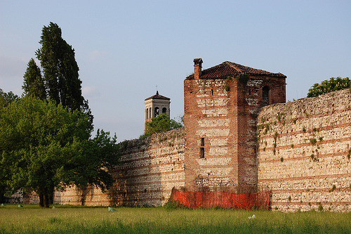 Vicenza City Walls, Italy  http://www.flickr.com/photos/marielademarchi/2494575652