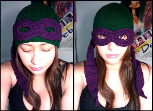 iheartchaos:  Awesome Etsy thing of the day: TMNT convertible beanie Keep your head warm and the streets clear of Foot Soldiers this winter with this awesome hat from Etsier Charmed. Only $30. Etsy link Via