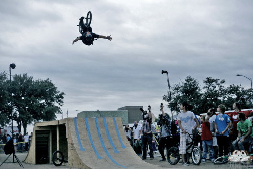 "Mike ""Hucker"" Clark, backflip no hander at FFF fest, Austin, TX"