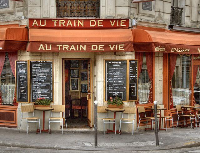 | ♕ | 'Au Train de Vie' - Paris cafe near Gare du Nord | by © Nic Oatridge
