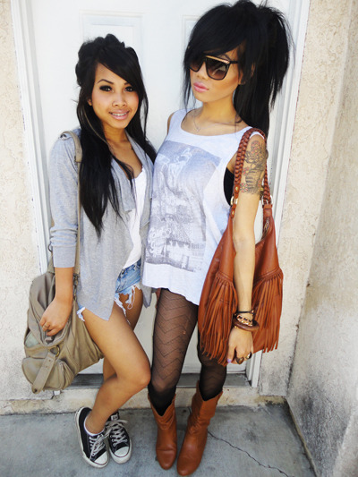 fukyeahitsbianca:  the one on the right is SO pretty!  <333